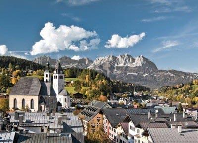 Stadtüberblick Kitzbühel