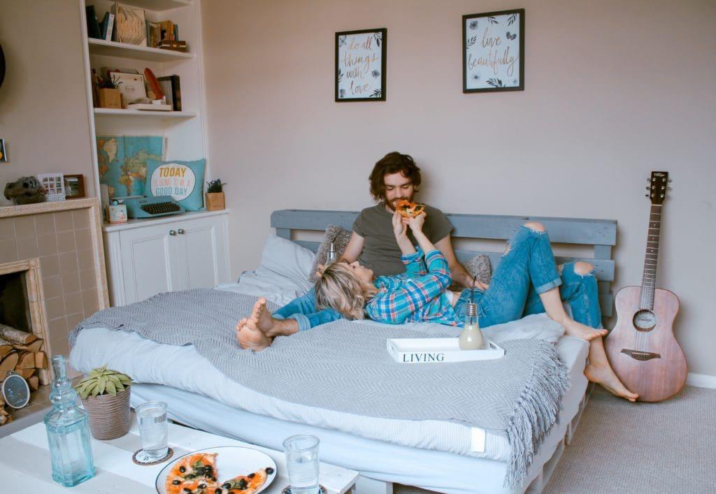 6 tipps f r die erste gemeinsame wohnung sage immobilien. Black Bedroom Furniture Sets. Home Design Ideas