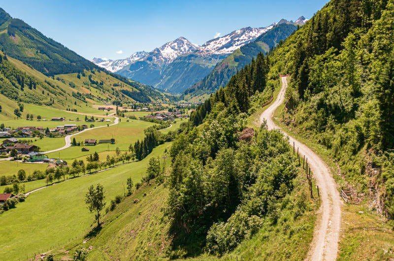 Salzburg und Bergwelt